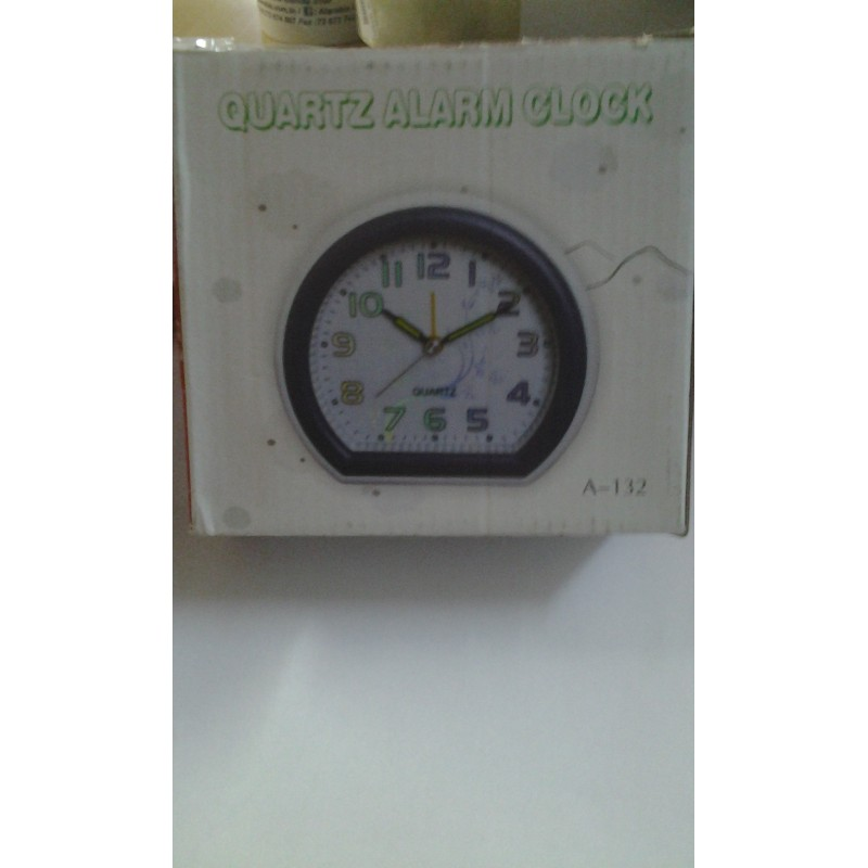 MONTRE ALARME CLOCK A-133